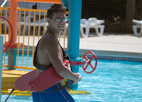 Lifeguard in the pool at Battle Creek Waterworks