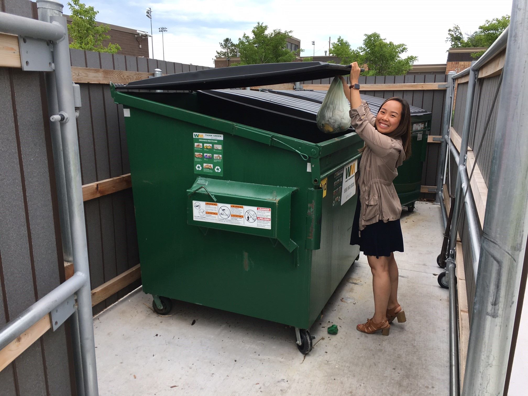Food scraps collection (organics recycling) drop off