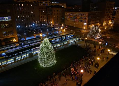 2016 Union Depot holiday tree